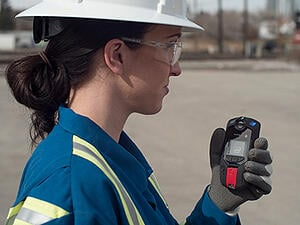 Blackline-Safety-G7c-wireless-gas-detector-and-lone-working-device