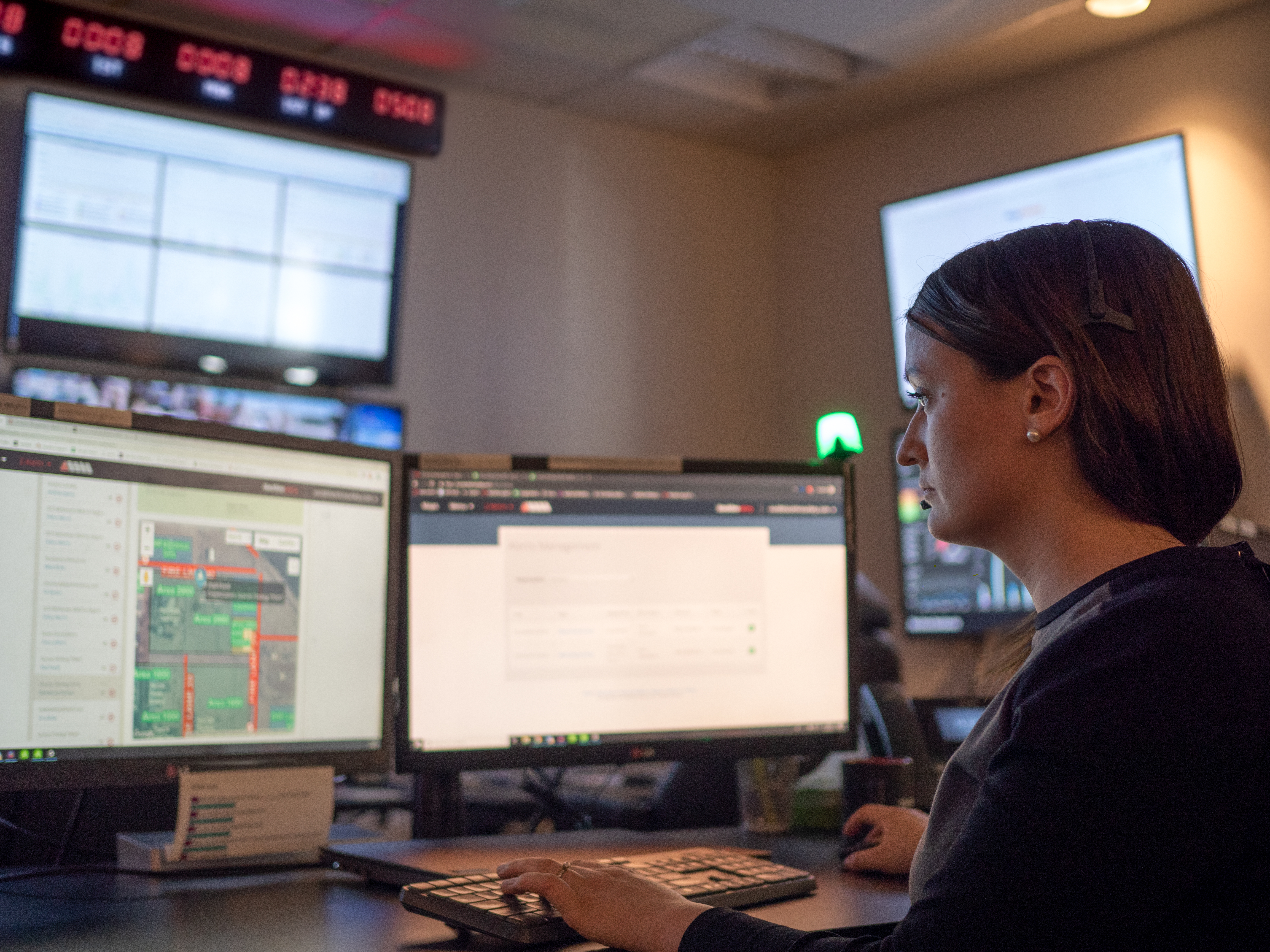 Safety Operations Center for gas detection and lone worker safety