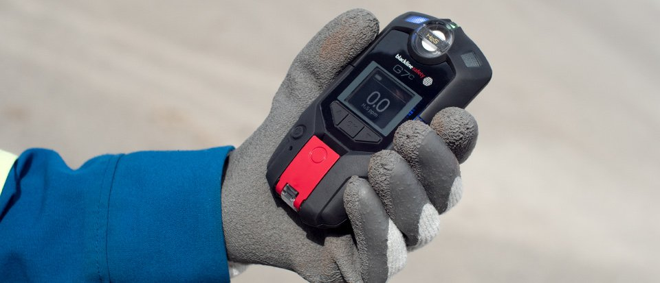 Blackline Safety G7 H2S wireless gas detector