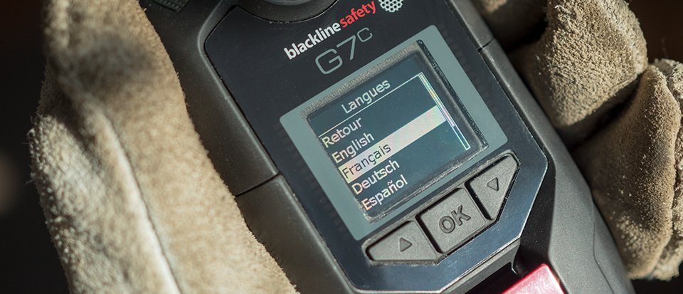 Blackline's G7 wireless gas detector features a multi-lingual interface